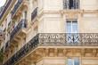 Haus mit Balkon in Paris