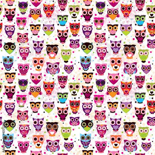 bezszwowy-colourfull-sowy-wzor-dla-dzieciakow-w-wektorze