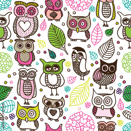 Sticker Seamless kids owl doodle pattern background in vector