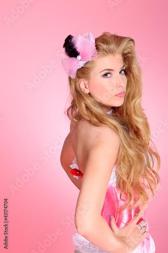 glamour blonde