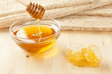 Golden Organic Honey