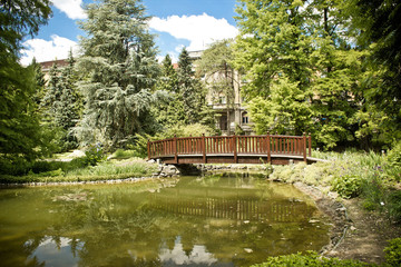 Zagreb botanical garden lake and bridge