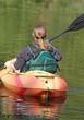 femme en kayak