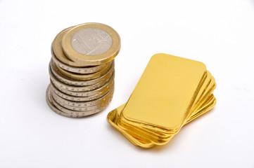Euromünzen und Goldbarren