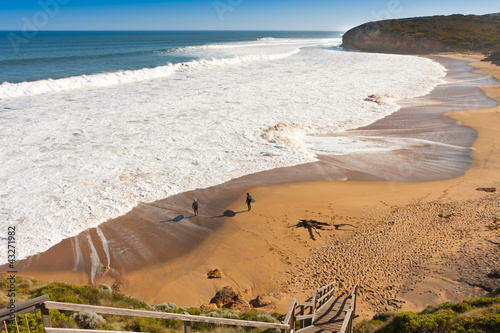bells beach surfing