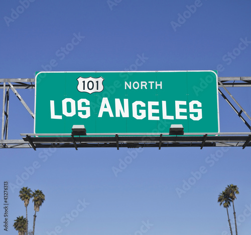 101 Los Angeles Freeway Sign