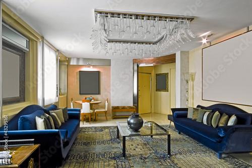 """""""soggiorno classico con due divani in tessuto blu"""" Immagini e Fotografie Royalty Free su Fotolia ..."""