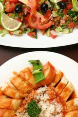 Fırında tavuk pilav ve salata