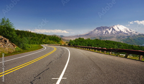 Mount st helens from road