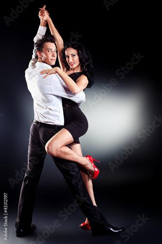 Fototapeten,tanzenfeiern,ausdruck,umarmung,paar