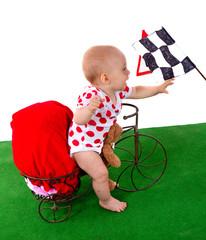 enfant qui fait du vélo