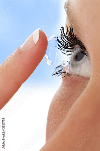 Lentille de contact - Pose