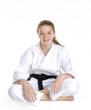 Retrato de una niña en artes marciales.