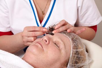 Augenbrauen färben - Eyebrow tinting