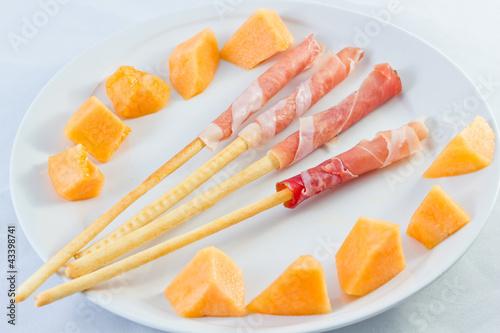 Antipasto prosciutto e melone
