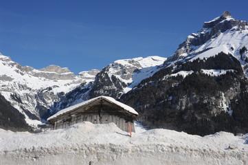 Paesaggio di alta montagna a Engelberg nelle alpi svizzere