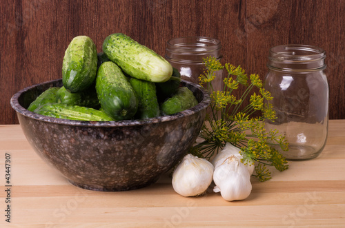 Pickles or cucumbers with garlic