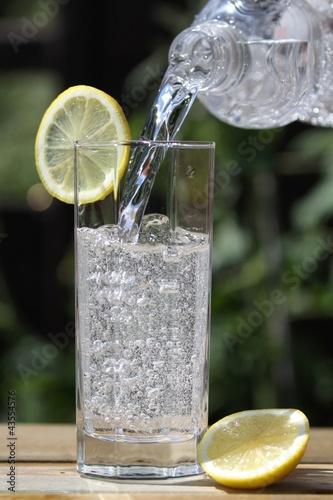 Mineralwasser01