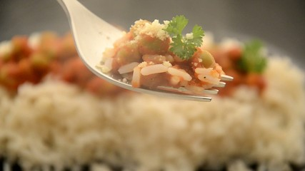 大米和豌豆 Arroz y arvejas 쌀과 완두콩 Pirinç ve bezelye