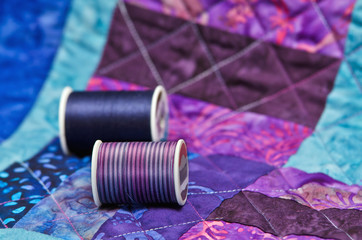 Quilt and quilting thread