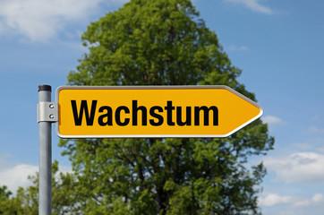 Pfeil mit Baum WACHSTUM