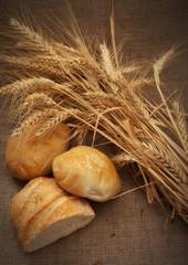 Pane con spighe di grano duro