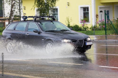 Überschwemmte Straße - 43601579
