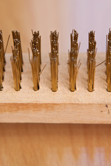 Brosse métallique en bronze