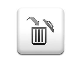 Boton cuadrado blanco simbolo delete
