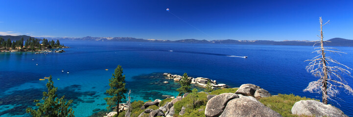 parasailing Lake Tahoe, panoramic view