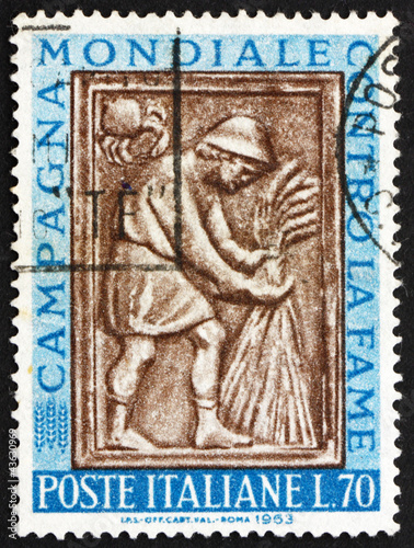 Postage stamp Italy 1963 Harvester Tying Sheaf, Sculpture