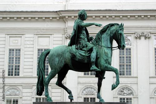 Reiterstandbild Kaiser Joseph II vor der Nationalbibliothek