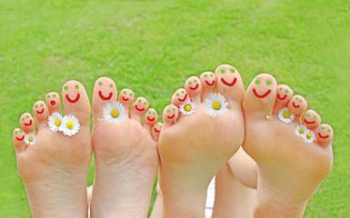 vergnügte Füße