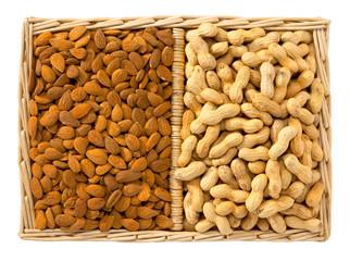 Mandorle e arachidi