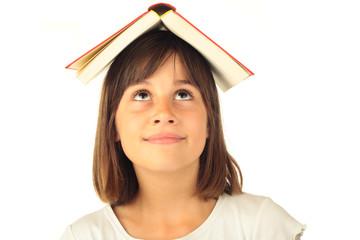 Buch auf dem Kopf