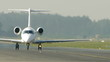 HD - Commercial aircraft on the runway