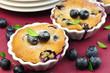 Kuchen mit Waldbeeren