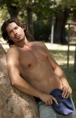 bel ragazzo torso nudo