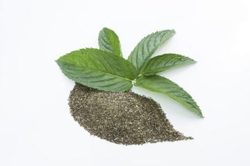 Peppermint Tea pieces