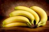 Banane su sfondo scuro