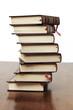 Libros amontonados