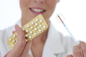 Femme - Choisir sa contraception