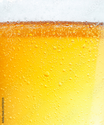 Aluminium Bar Beer with Bubbles.