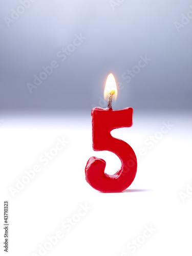 Birthday-anniversary candle Nr. 5