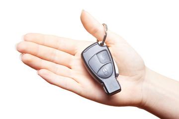Hände mit Autoschlüssel