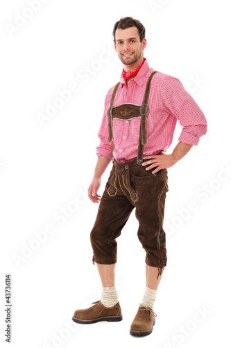 Junger Mann in Lederhose