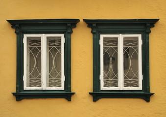 Renovierte Holzfenster