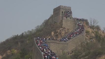 Timelapse of Great wall of China crowded