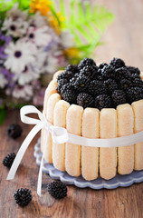 Cake with blackberrys