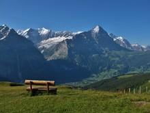 Widok na Eiger i Grindelwald